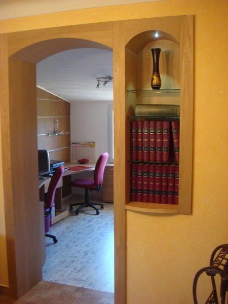 Menuiseries intérieures pour ornement ouverture de porte par Mobilier du Lac